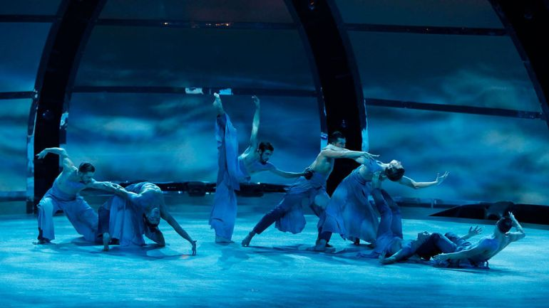 SYTYCD - Top 7 - Boys - Contempoary - Travis Wall - Wave - Beck 1