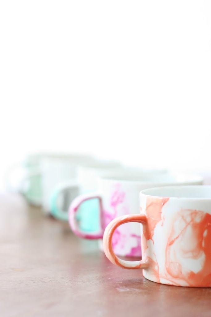 DIY Marbled Mugs 3