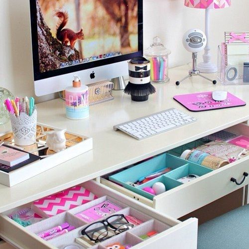Aug - Tuesday Tips - Desk - Clear Clutter