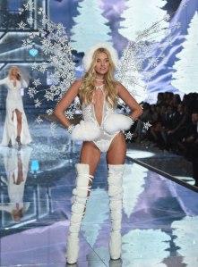 VS - 2015 - Ice Angels - Elsa Hosk