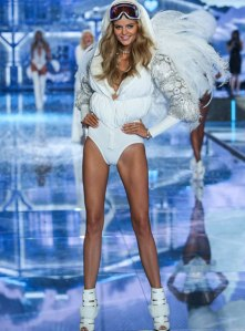 VS - 2015 - Ice Angels - Kate