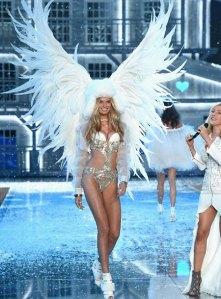 VS - 2015 - Ice Angels - Romee Strijd