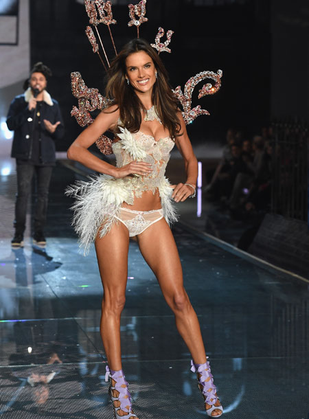 VS - 2015 - Portrait of an Angel - Alessandra Ambrosio