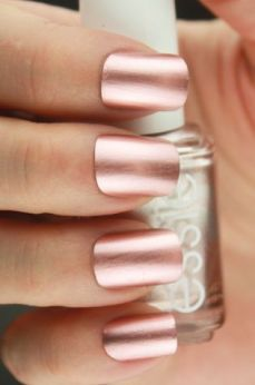 Nails - Rose Gold 1